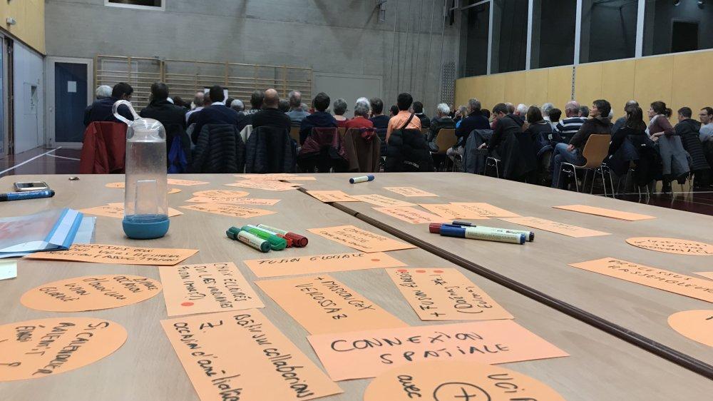Quelque septante citoyens ont participé à la soirée organisée à Collonges.
