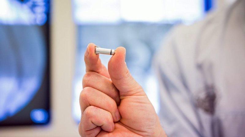 Implants et prothèses: les contrôles seront renforcés en Suisse