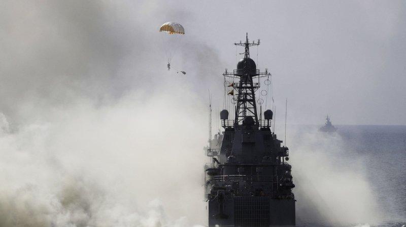 Ukraine: la Russie confirme avoir capturé trois bateaux militaires