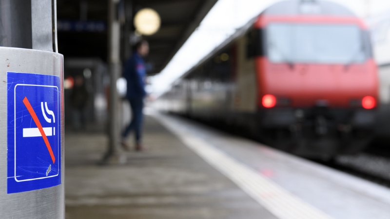 A compter du mois de juin 2019, toutes les gares de Suisse seront non-fumeurs.