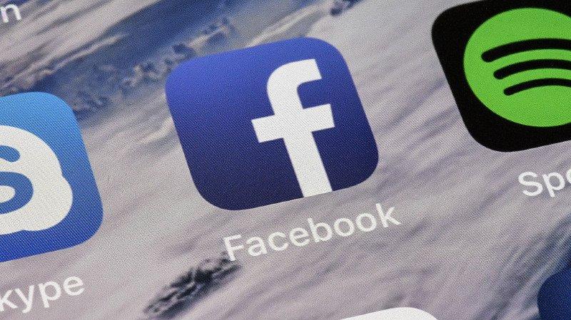 La panne Facebook a semblé s'étendre du petit matin jusqu'à l'après-midi mardi en Californie.