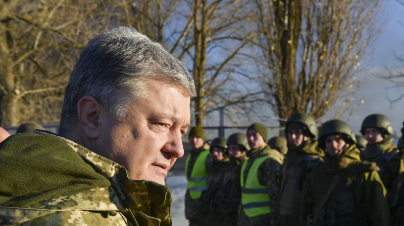 """Ukraine: """"La Russie nous considère comme une colonie"""" dénonce le président"""