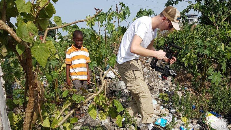 Parti pour réaliser un clip promotionnel, Nils Martenet a finalement tourné un documentaire dans le village ivoirien d'Aziko.