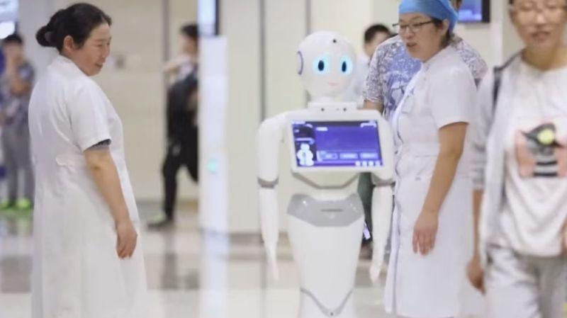 Un robot chinois décroche son diplôme de médecine