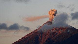 Guatemala: le Volcan de Fuego entre une nouvelle fois en éruption