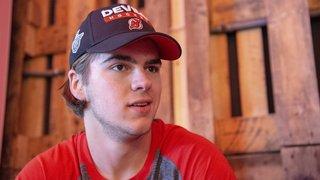 Le hockeyeur valaisan des Devils Nico Hischier de retour à l'entraînement