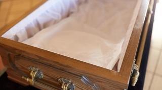 Valais: le croque-mort indélicat condamné pour atteinte à la paix des morts