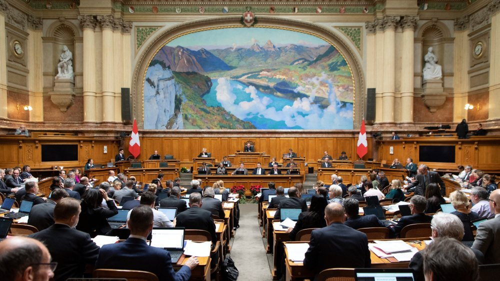 Au Conseil national, les trois principaux partis bourgeois ont opposé une fin de non-recevoir  à une augmentation de dix postes pour le Contrôle fédéral des finances.