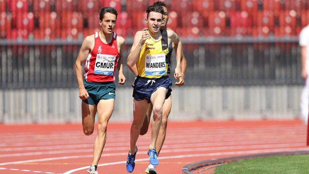 Thomas Gmür s'entraîne régulièrement en compagnie du prodige Julien Wanders, un ami en dehors des pistes.