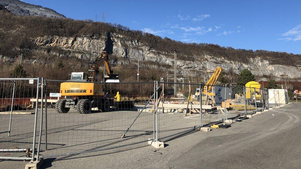 Les travaux de la caserne à l'entrée sud de Saint-Maurice ont débuté il y a un mois.