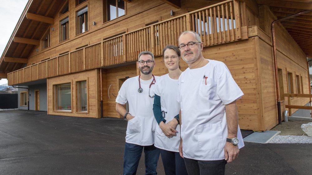 Laurent Praz, Stéphanie Darioly-Bornet et Jean-Olivier Praz ont pris leurs quartiers dans la nouvelle Maison de la santé à Haute-Nendaz.