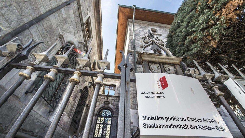 A la rue des Vergers à Sion, la lente mue du Ministère public ne se fait pas sans problème.