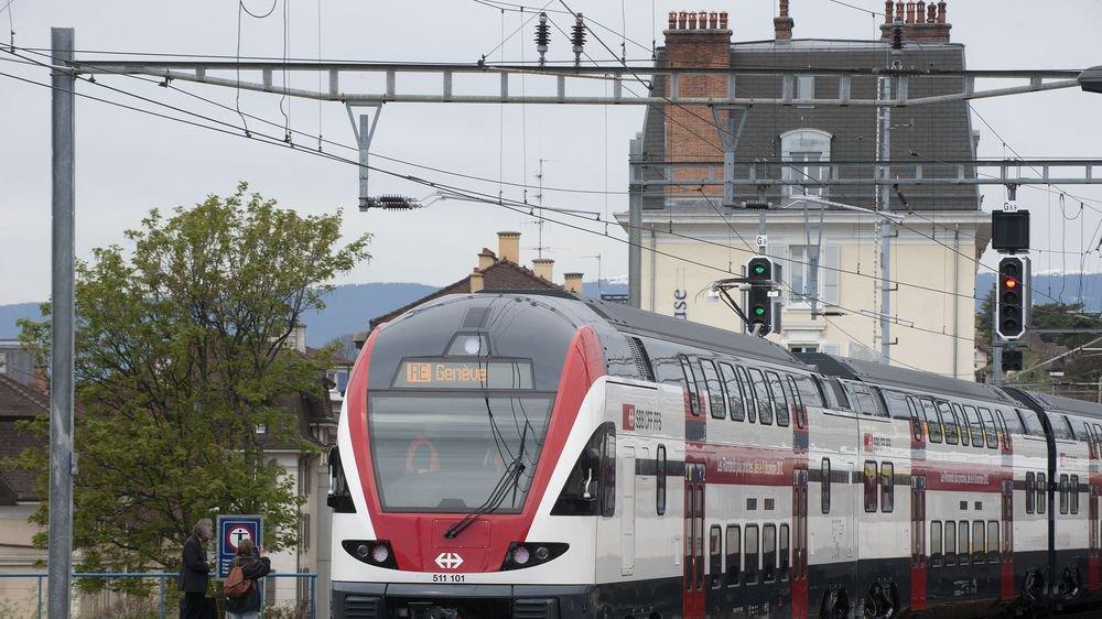C'est une rame comme celle-ci qui quittera la gare de Lausanne ce dimanche 9 décembre à 8 h 21. Il s'agira officiellement du premier train à deux étages à être mis en service sur la ligne du Simplon.