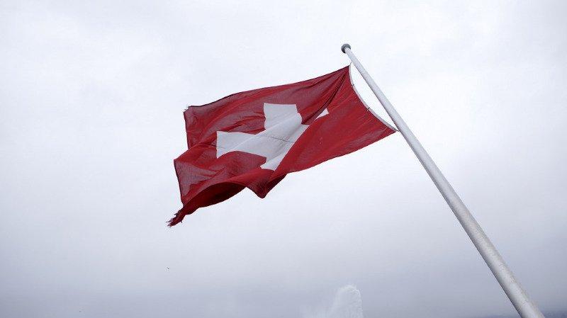 Toblerone halal, critiques françaises sur la démocratie suisse, plainte contre une centrale nucléaire… l'actu suisse vue du reste du monde