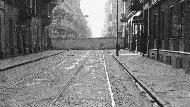 Décès du dernier combattant juif du ghetto de Varsovie, Simcha Rotem. Il avait 94 ans.