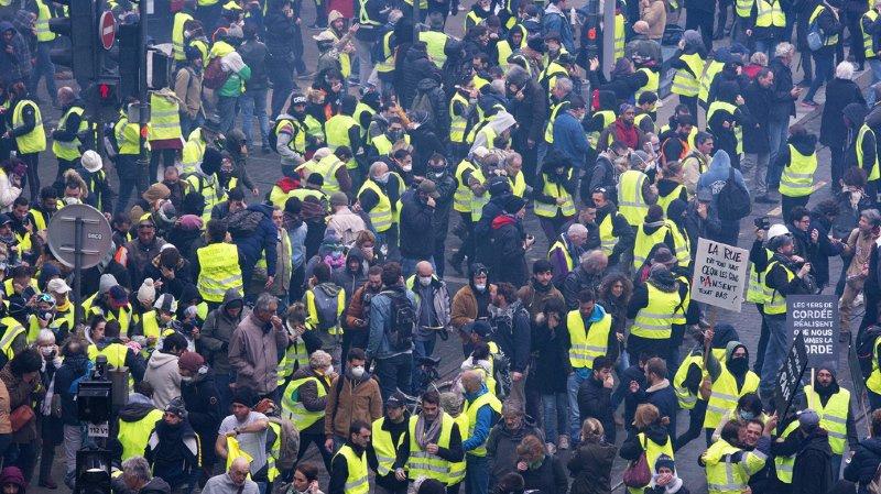 Gilets jaunes: la Russie dément toute intervention en lien avec les manifestations en France
