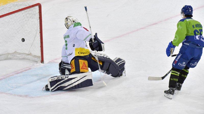 Hockey - National League: le HC Davos s'incline malgré un triplé de Marc Wieser