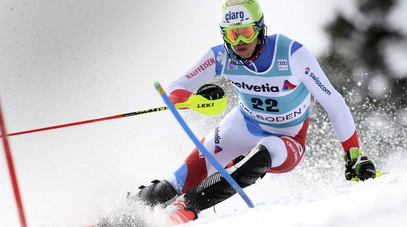 Ski alpin: Zenhäusern se blesse au pouce