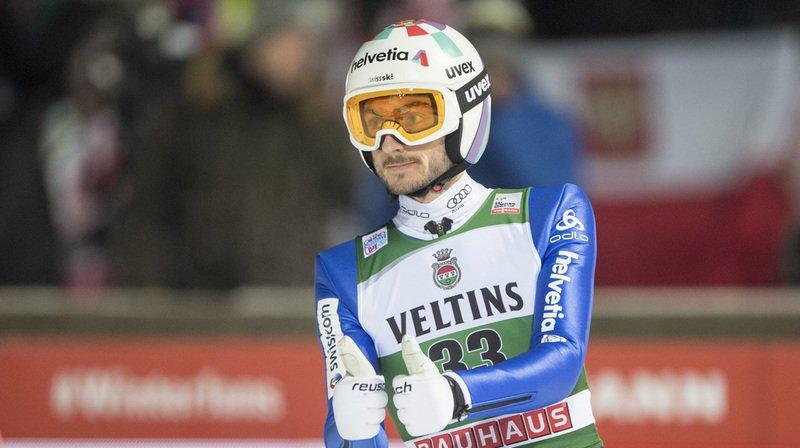 Saut à ski: les Suisses bien discrets à Engelberg, l'Allemand Karl Geiger en tête du classement