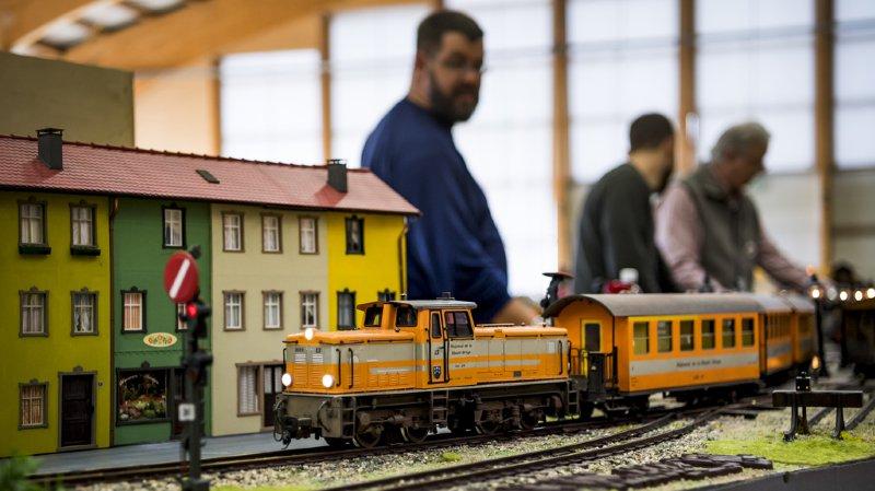 Attraction pour petits et grands, ce réseau de trains miniatures, où circulent 40 locomotives et 130 wagons, est présenté à la salle de la Tronchenaz.