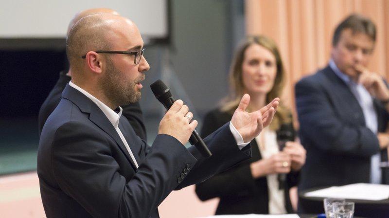 Grégoire Clavien, président de Venthône, a expliqué à l'Assemblée les enjeux du nouveau règlement de stationnement.