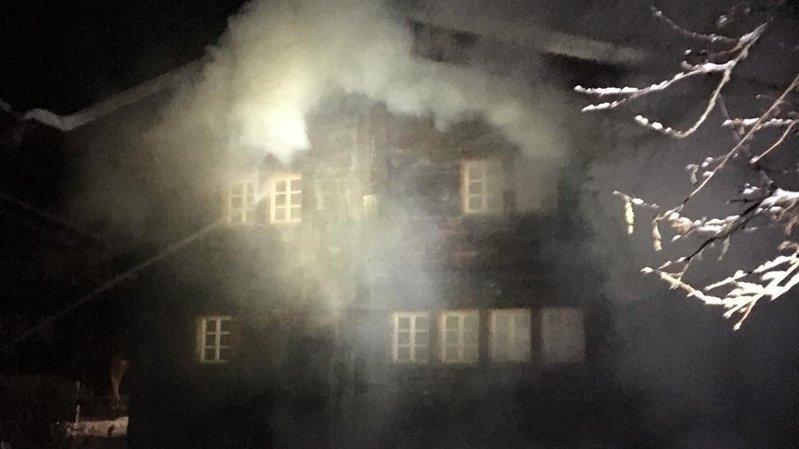 L'incendie a été rapidement maîtrisé par les sapeurs-pompiers.
