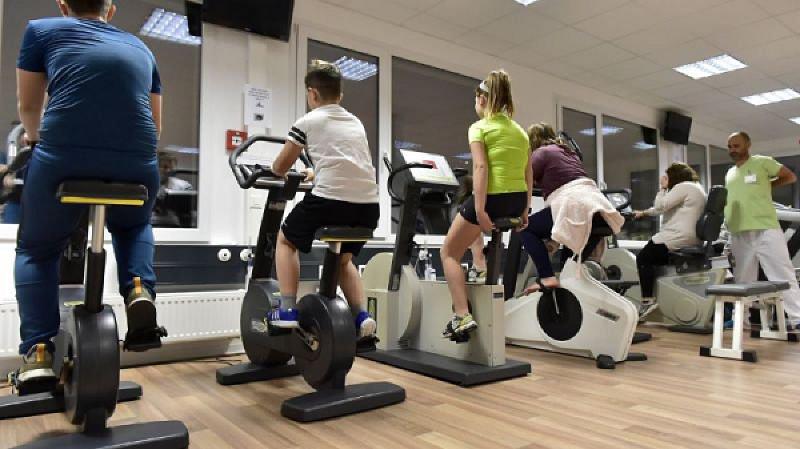Une volée d'adolescents avait pu profiter des bienfaits du programme Contrepoids à l'hôpital de Martigny l'an passé. Une nouvelle session démarre le 15 janvier prochain à Sion.