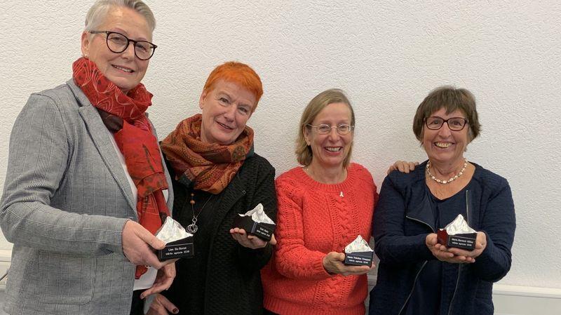 Lise Es-Borrat, Doris Mudry, Marie-Thérèse Chappaz et Marie-Bernard Gillioz ont été honorées des premiers Mérites Agricoles du canton du Valais.