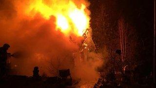 Une habitation détruite par les flammes à Plasselb (FR): plusieurs animaux périssent