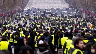 """""""Gilets jaunes"""": cinquième samedi de manifestations en France, la mobilisation faiblit"""
