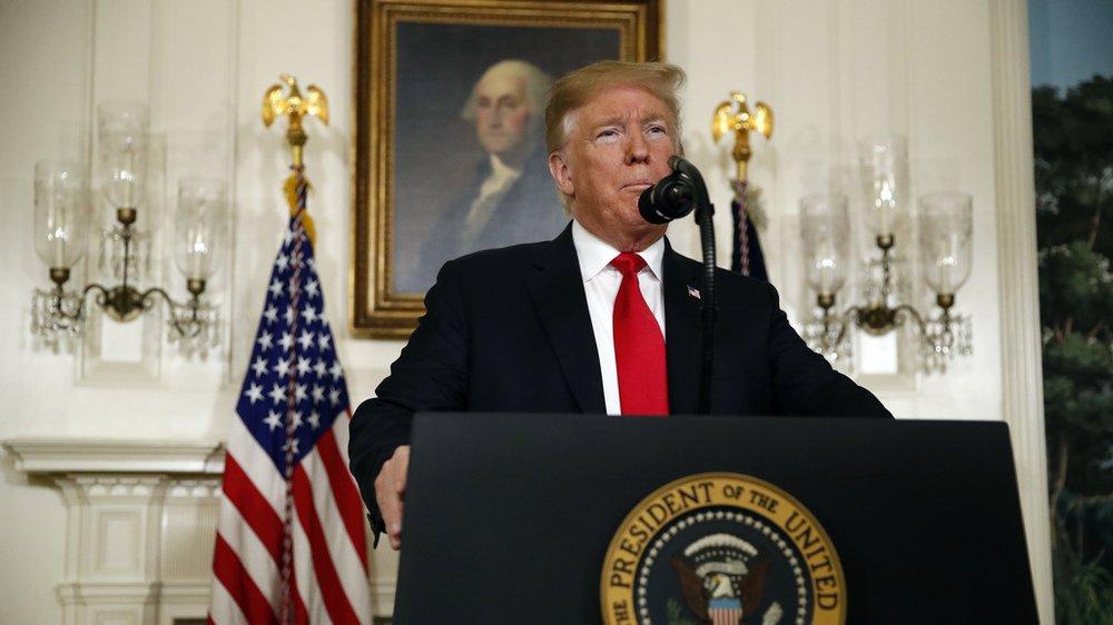Etats-Unis: Donald Trump propose un compromis pour financer son mur