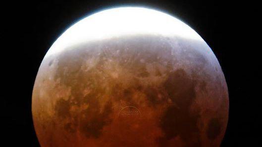 Astronomie: la Lune de sang bien visible depuis le Valais