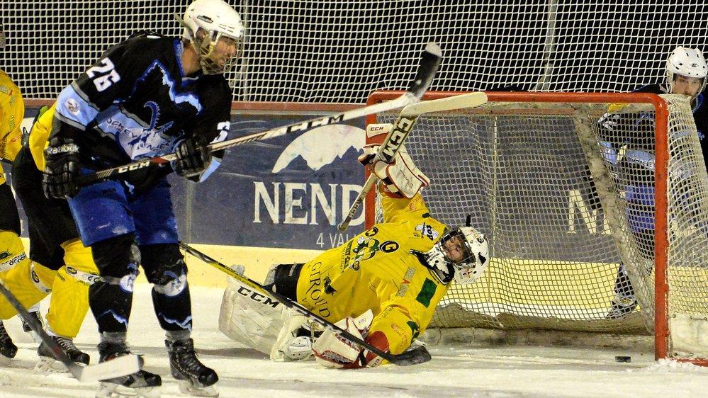 A 17 ans, Lucien Simonin a été titularisé à sept reprises devant les filets du MCHC-PDS Hockey Club.
