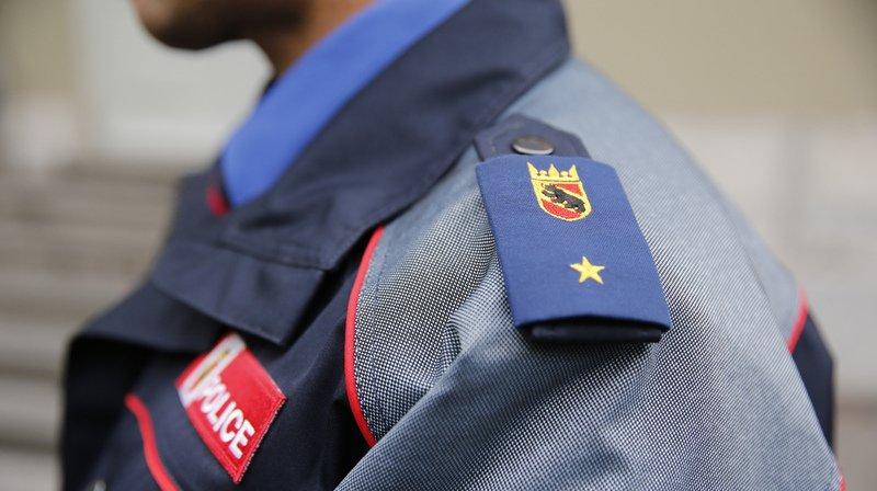 Samedi soir à Bienne, la police a tiré sur un véhicule en fuite à la suite d'un cambriolage. Les deux suspects ont pu être interpellés. Il n'y a eu aucun blessé.