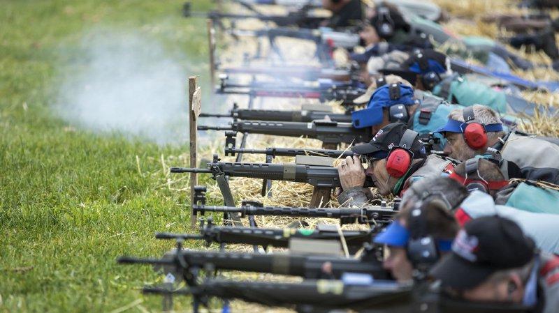 Les milieux du tir, soutenus par l'UDC, ont très largement dépassé l'objectif des 50'000 signatures (illustration).