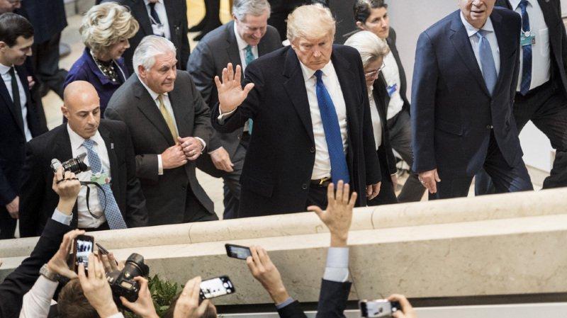 Forum de Davos: Donald Trump annule le déplacement de la délégation censée le remplacer