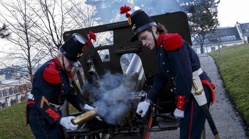 Comme chaque 31 décembre, les Genevois ont été réveillés dès 08h00 par des coups de canon tirés de trois lieux différents.