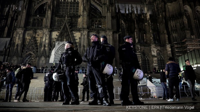 Allemagne: des patrouilles d'extrême-droite après des agressions par des migrants en Bavière