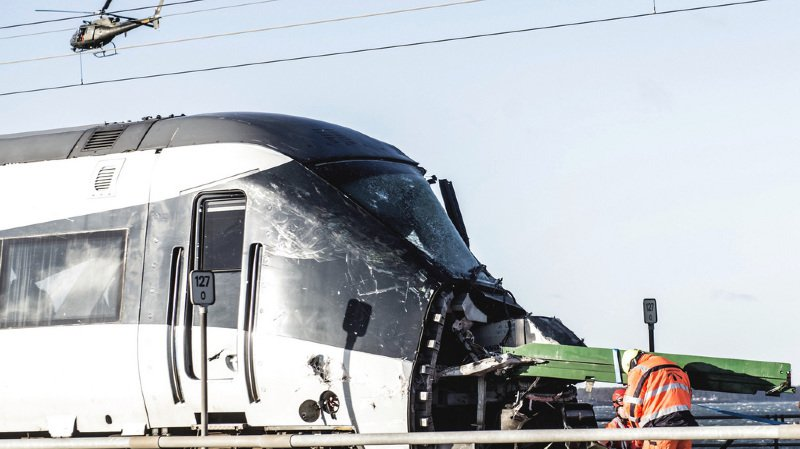 Accident de train au Danemark: le bilan s'alourdit à huit morts