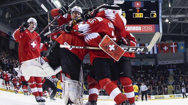 Hockey - Mondiaux M20: les jeunes Suisses battent les Suédois et se qualifient pour les demi-finales