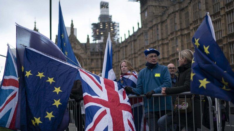 Brexit: le Parlement britannique se prononce sur la sortie du Royaume-Uni de l'Union européenne