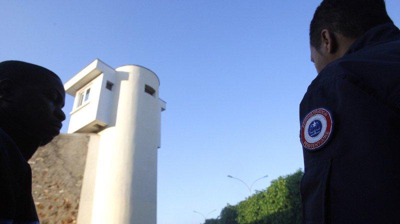 Un détenu s'est évadé dimanche après-midi de la prison de Fresnes, en France.