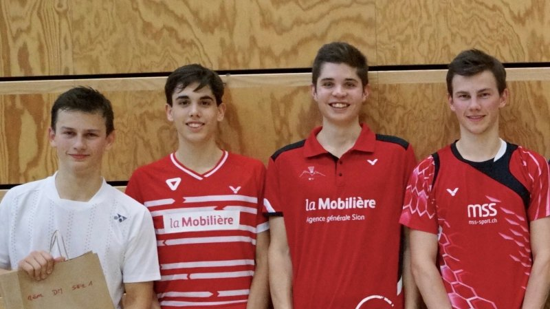 Les finalistes du double messieurs, série 1: Nicolas Gerber, Alexandre Briguet, Cyril Hohl et Robin Gerber.