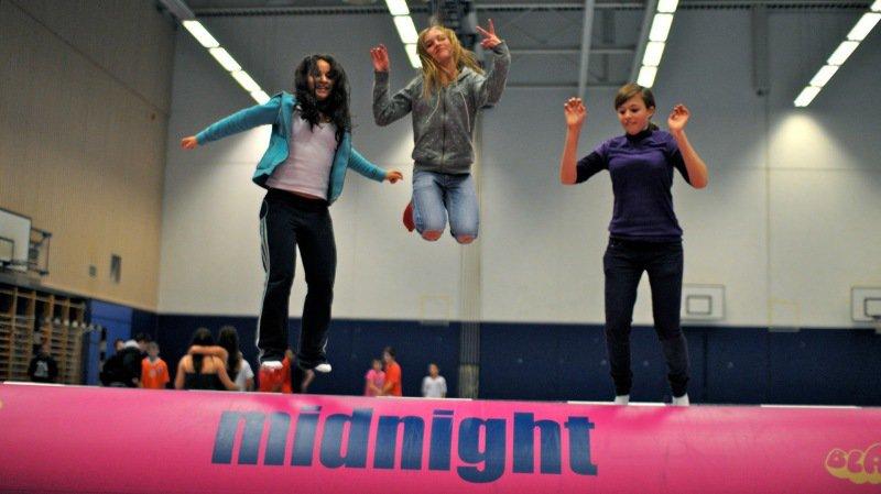 Les soirées Midnight Sport visent à rassembler des adolescents autour d'activités ludiques et sportives.