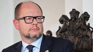 Maire de Gdansk poignardé à mort
