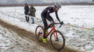Cyclocross: Gilles Mottiez obtient, à domicile, sa première médaille