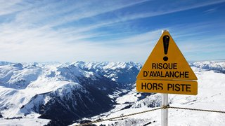 Plusieurs blessés suite à quatre avalanches en Valais