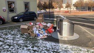 Monthey: les rues débordent de cartons
