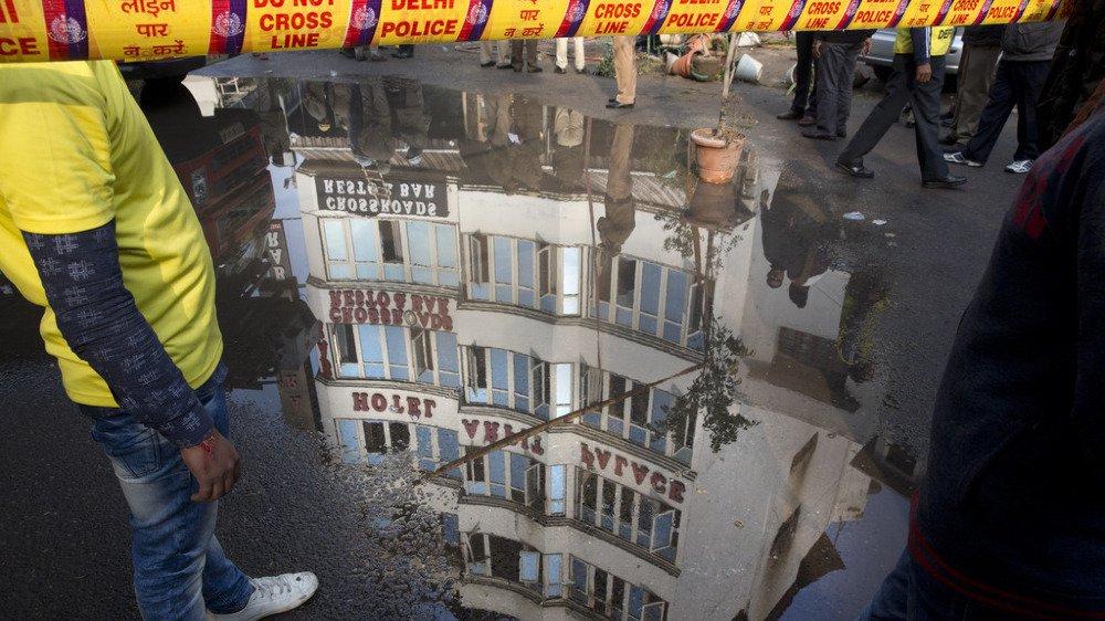 Inde: un incendie ravage un hôtel à New-Delhi et fait au moins 17 morts