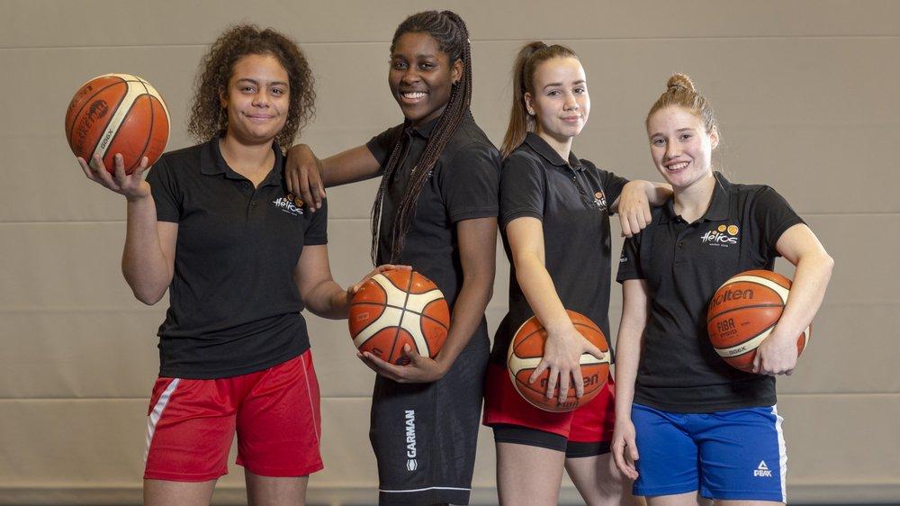 Cloé Marie, Alexia Dizeko, Virginie Bruchez et Kathy Constantin disputent à 17 ans leur deuxième saison dans l'élite.